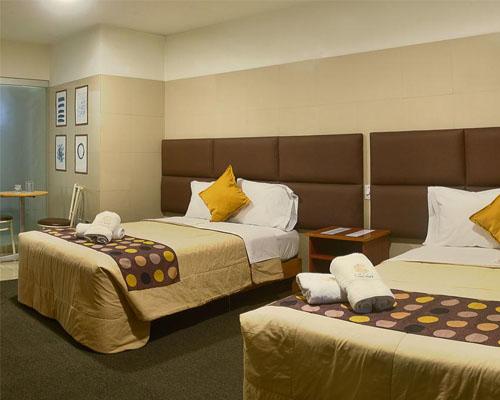 Hotel lima city twin room