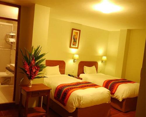 Hotel Wiracocha Inn type room triple