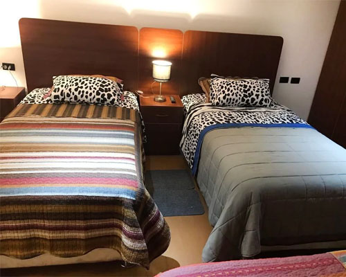 mama's house triple room accommodation
